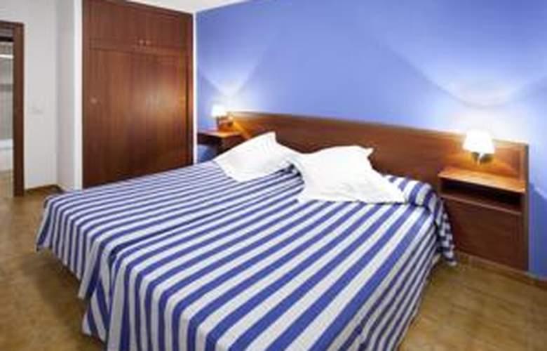 Apartamentos Arago - Hotel - 1