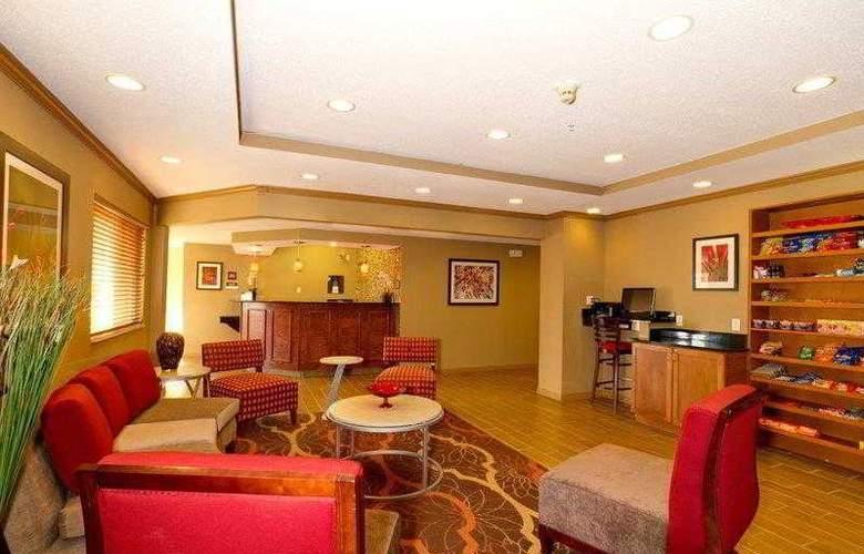 Comfort Inn Plant City - Lakeland - Hotel - 1