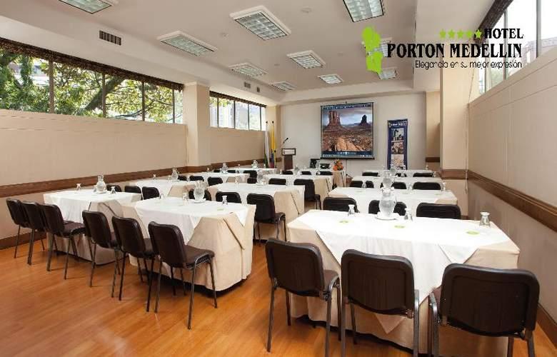 Porton Medellin - Conference - 16