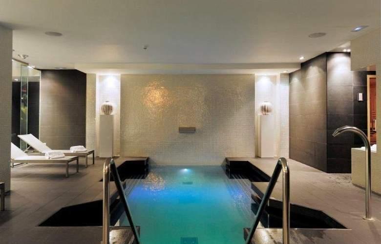 Grums Barcelona - Pool - 36
