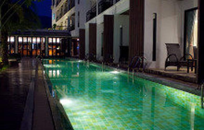 The Kris Resort - Pool - 9