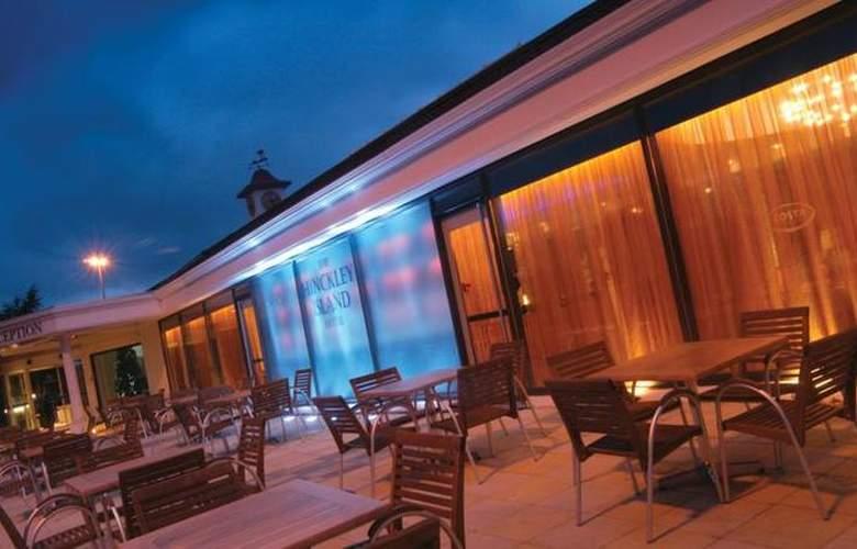 Jurys Inn Hinckley Island - Terrace - 7