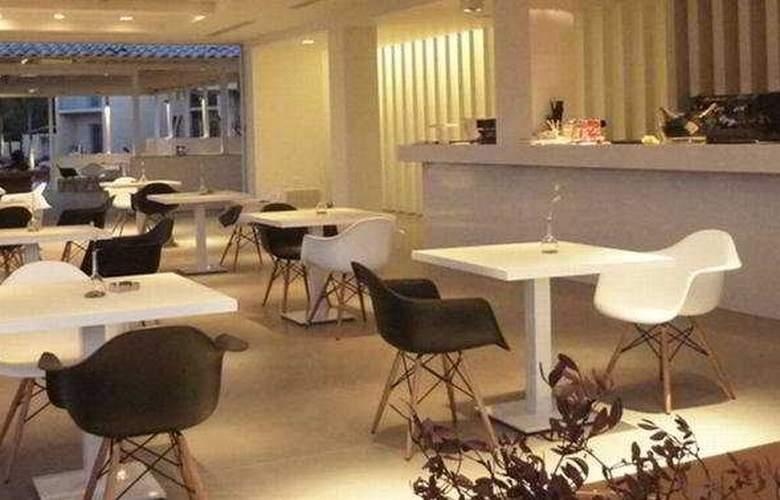 Sikyon Hotel - Bar - 8