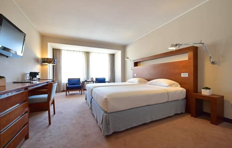 Tivoli Coimbra - Room - 14