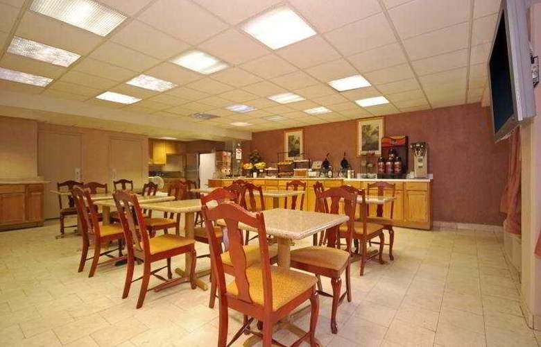 Comfort Inn Downtown - Nashville - Bar - 6