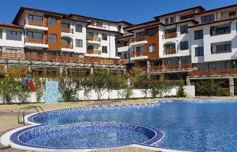 Festa Gardenia Hills - Pool - 14