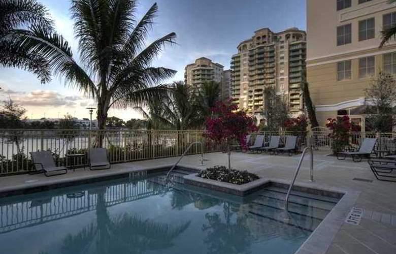 Hilton Garden Inn Palm Beach Gardens - Hotel - 10