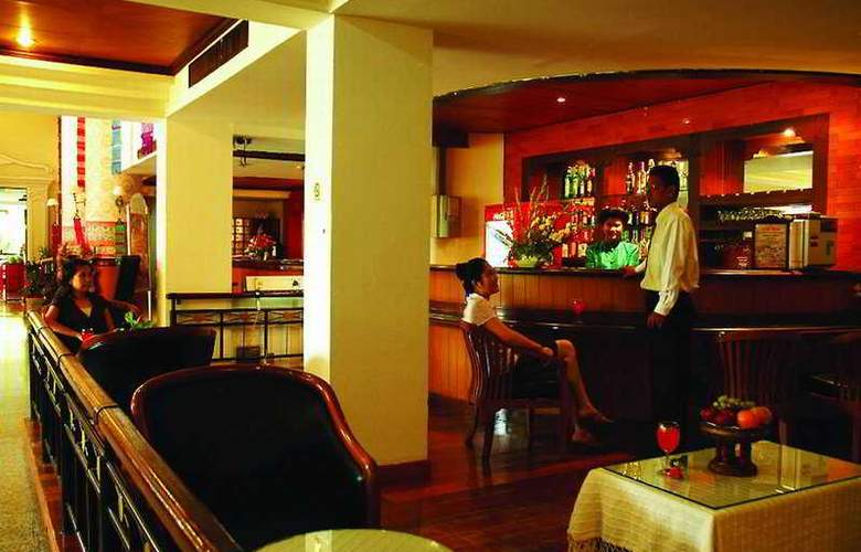 Chiang Mai Gate Hotel - Bar - 7