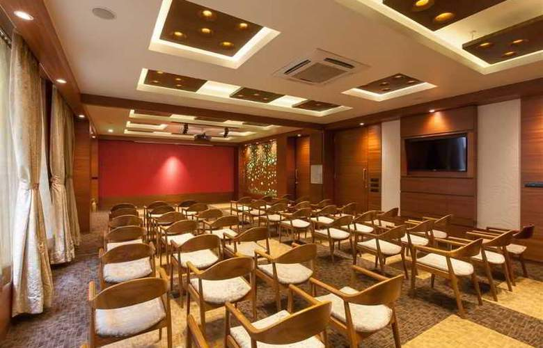 Eastin Easy Citizen Ahmedabad - Hotel - 0