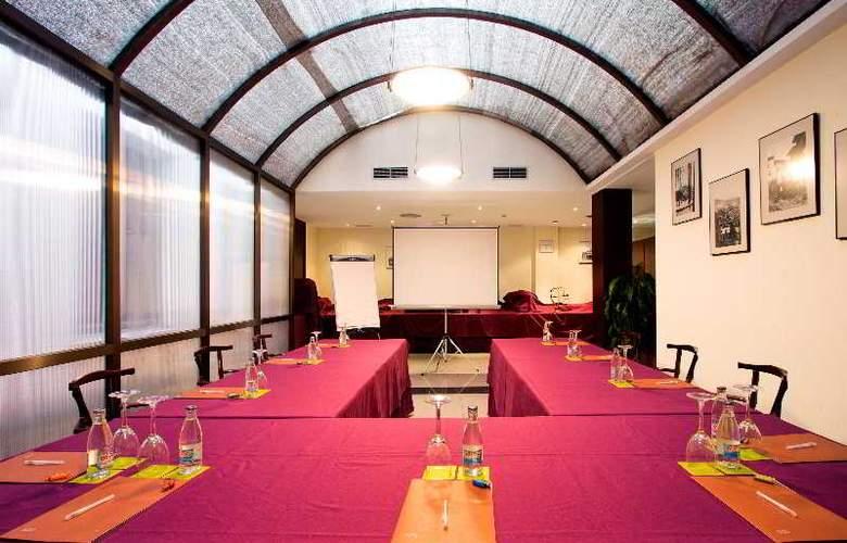 Silken Rona Dalba - Conference - 9