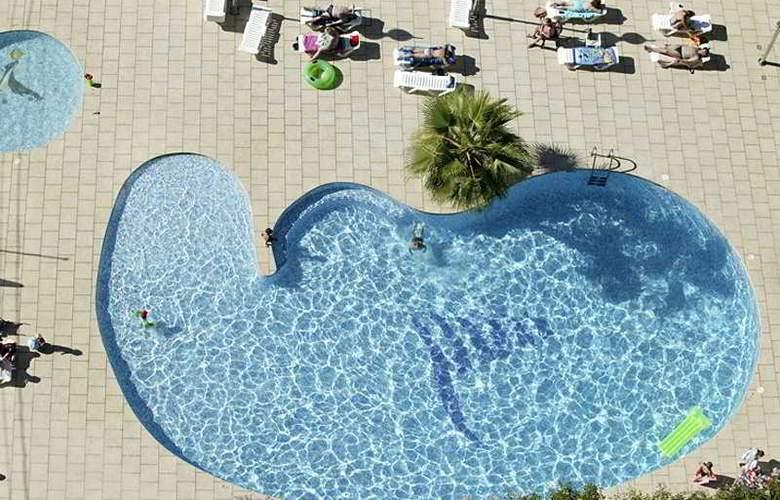 Levante Club Apartamentos - Pool - 4