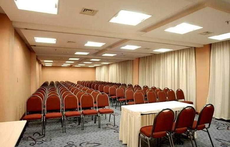 Bristol International - Conference - 5
