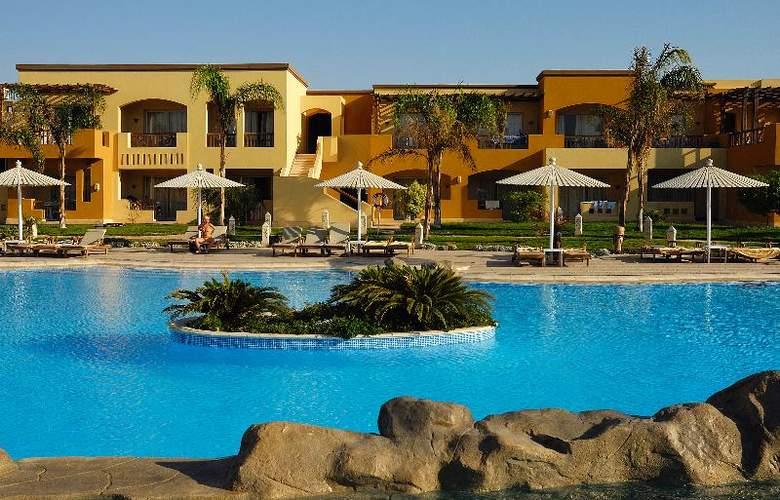 Grand Plaza Resort - Hotel - 0