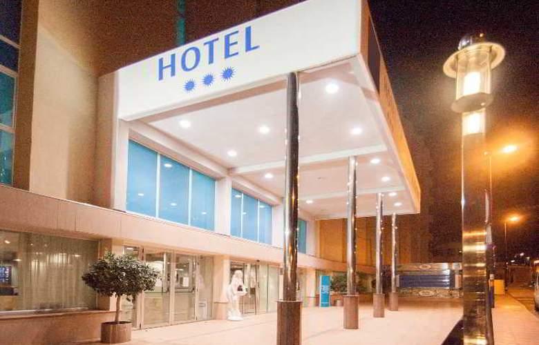 Blue Sea Calas Marina - Hotel - 10