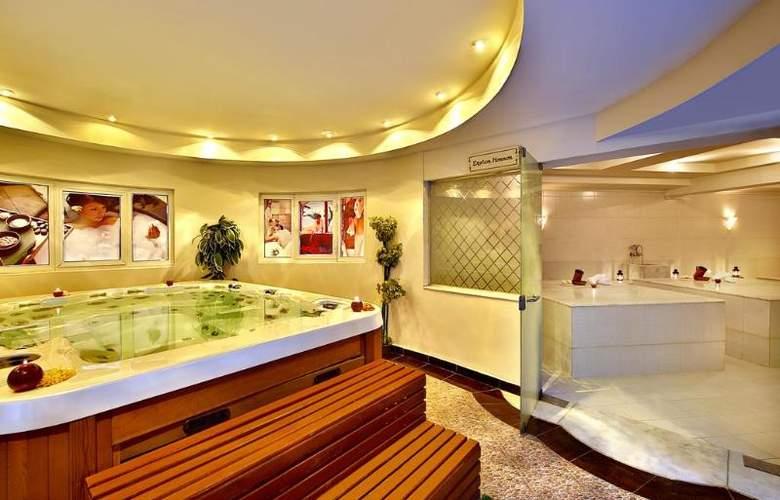 Hilton Long Beach Resort - Spa - 28