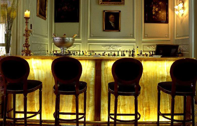 Pestana Palace Hotel and National Monument - Bar - 28