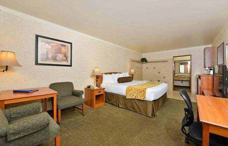 Best Western Holiday Motel - Hotel - 22