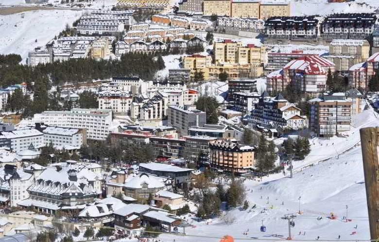 GHM Monte Gorbea - Hotel - 11