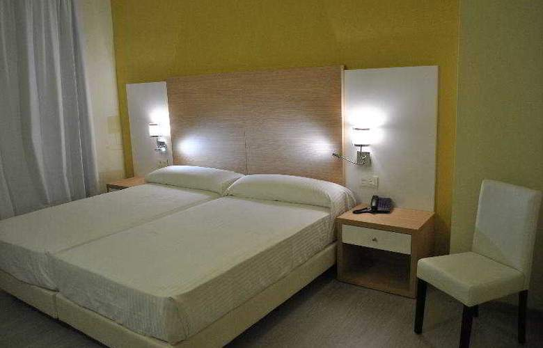 Fontana Plaza - Room - 4
