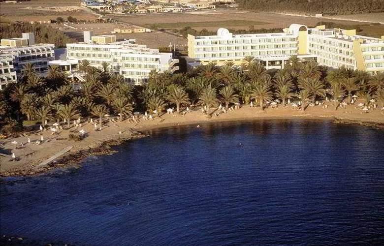 Constantinou Bros Pioneer Beach Hotel - Hotel - 0