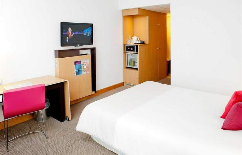 Novotel Wroclaw - Room - 9