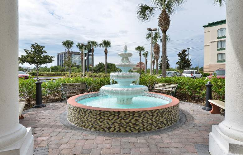 Quality Inn & Suites at Universal Studios - Hotel - 12