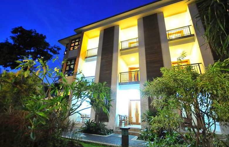 Sandat Legian Hotel - Hotel - 0