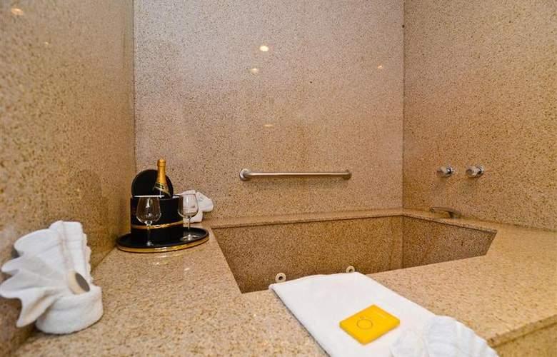 Best Western Newport Mesa Hotel - Room - 91