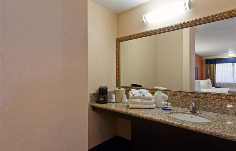 Best Western Desert Villa Inn - Room - 22