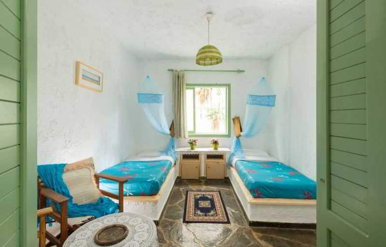 Elounda Apartaments - Room - 4