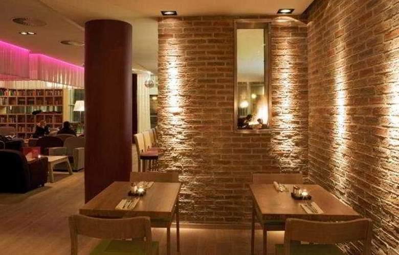 Pentahotel Rostock - Restaurant - 10