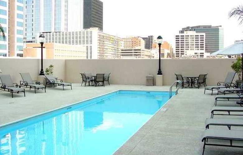 Hampton Inn & Suites Austin-Downtown - Hotel - 15