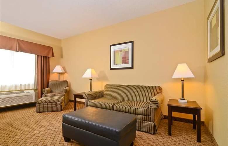 Best Western Plus Macomb Inn - Room - 47