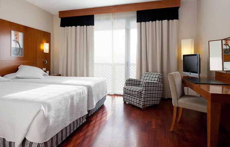 NH Malaga - Room - 4