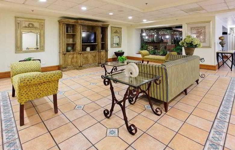 Holiday Inn Express Ciudad Victoria - General - 9