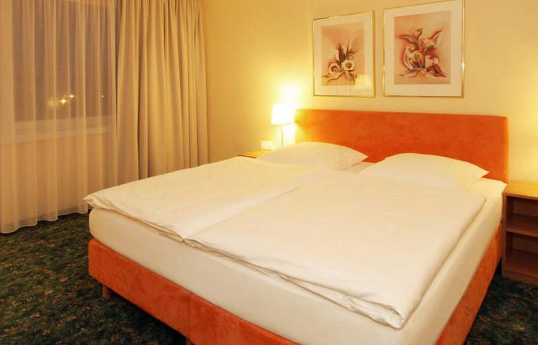Comfort Hotel Berlin Lichtenberg - Room - 8