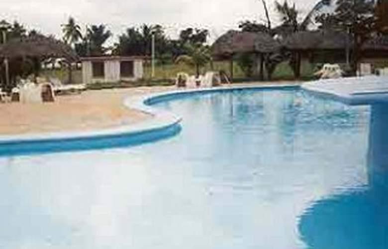 Horizontes Playa Larga - Pool - 0