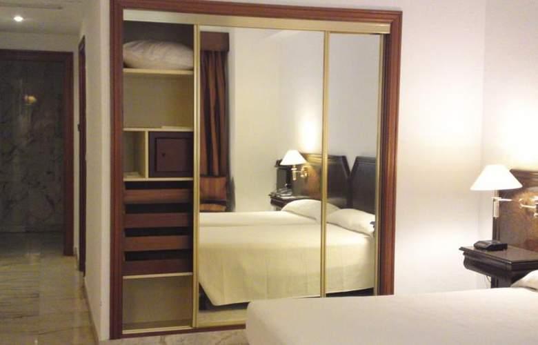 Turia - Room - 10