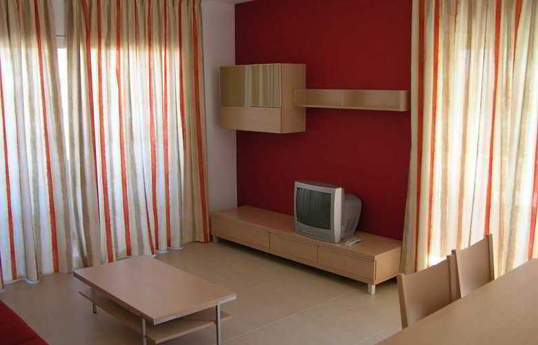 Salou Mediterraneo-Only Families - Room - 8