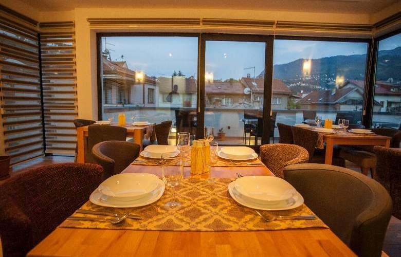 Villa Melody - Restaurant - 3