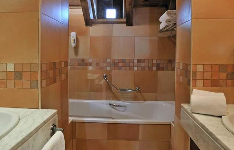 Apartamentos Blanheu - Room - 11
