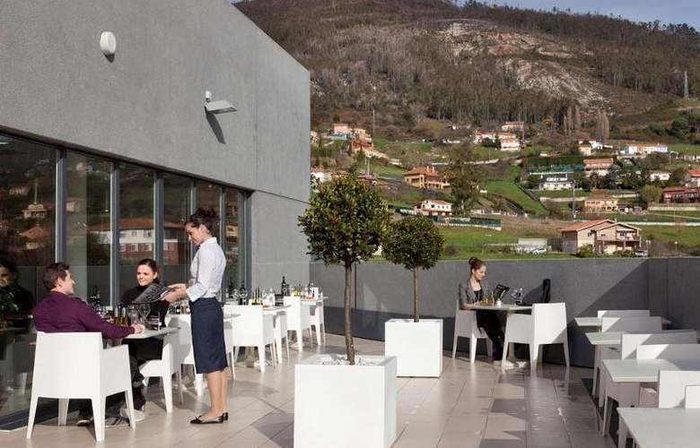 Ibis Oviedo - Terrace - 23
