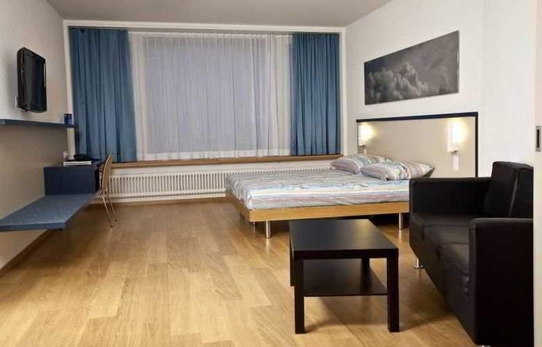 Bristol - Room - 2