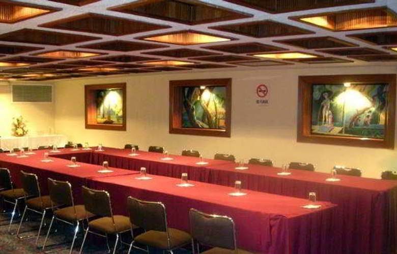 Metropol - Conference - 1