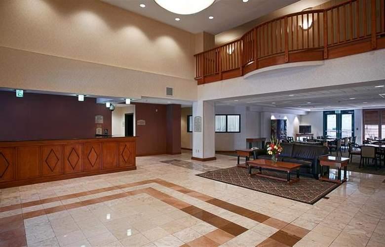 Best Western Plus Coyote Point Inn - General - 12