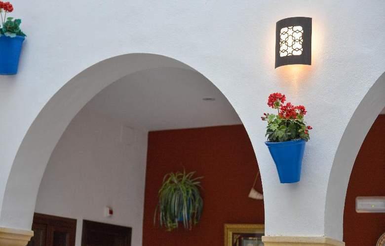 Los Omeyas - Hotel - 11