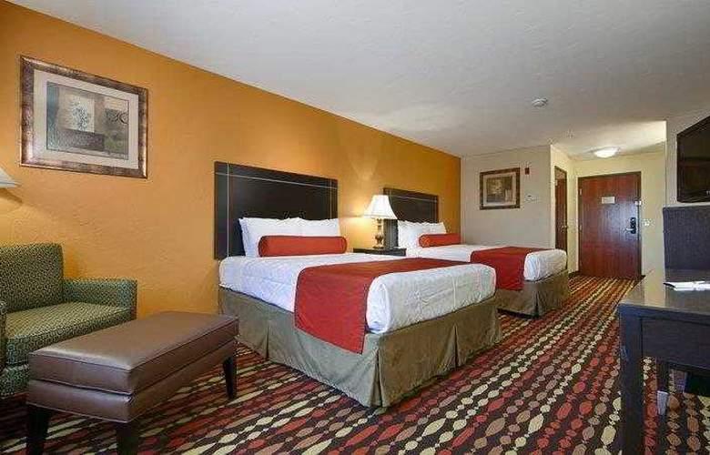 Best Western Greentree Inn & Suites - Hotel - 17