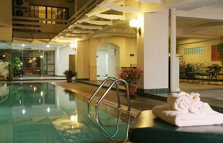 Kantary House Ramkhamheang - Pool - 6