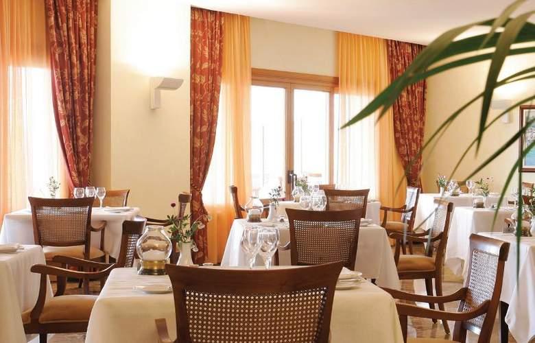 Formentor | A Royal Hideaway Hotel - Restaurant - 6