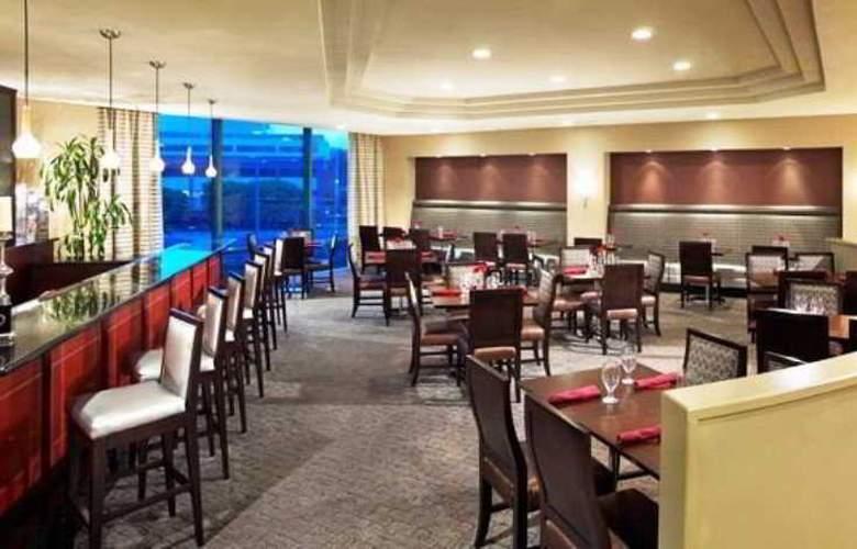 Doubletree Club Hotel San Diego - Restaurant - 11